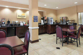 Hotel In Prattville Alabama Days Inn And Suites Prattville